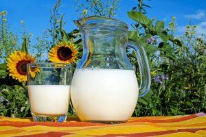 Pradedama mokėti 14 mln. eurų parama pieno gamintojams
