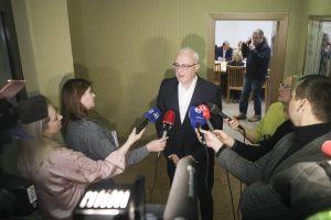 S. Jakeliūnas: Lietuvos bankas ir komerciniai bankai atsakingi dėl krizės