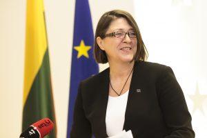 """Eurokomisarė: Lietuvos politikai vieningi dėl """"Rail Balticos"""""""