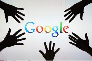 """""""Google"""" blokuos greituosius kreditus teikiančių bendrovių reklamas"""