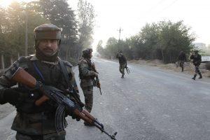 Indijos policija nukovė mažiausiai 21 maoistų sukilėlį