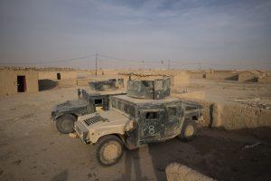 Irake per mirtininkų išpuolį oazėje žuvo aštuoni žmonės