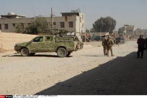 Sprogdinimo pietų Afganistane aukos – penki JAE diplomatai