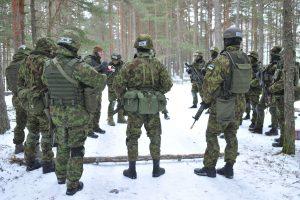 Į Estiją atvyksta pirmoji NATO karių grupė