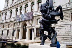 Venecijos meno festivalis žada atokvėpį nuo pasaulio problemų