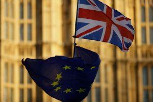 Ekonomikos ekspertai: Britanijos pasitraukimas iš ES bus atidėtas