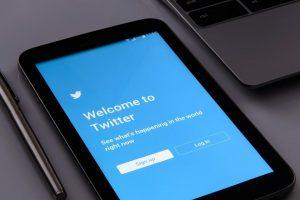 """""""Twitter"""" tapo proturkiškų kibernetinių atakų taikiniu"""