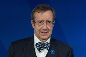 Estijos prezidentas paskyrė naujus užsienio reikalų ir švietimo ministrus