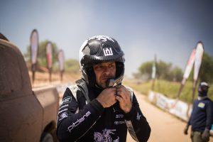 B. Vanagas: mano vieta Dakaro ralyje – prie sportinio automobilio vairo