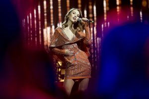 """""""Eurovizijos"""" atrankoje komisiją stebino dainuojantis choreografas"""