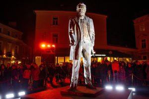 Vilniuje atidengtas paminklas J. Basanavičiui