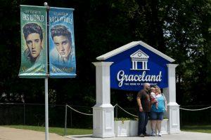 "E. Presley namai ""Graceland"" sulaukė dvidešimt milijoninio lankytojo"