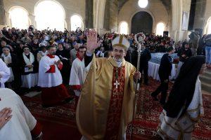 Tūkstančiai tikinčiųjų dalyvavo apeigose rytiniame Jordano upės krante