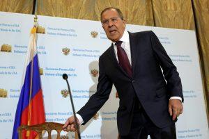 S. Lavrovas: D. Trumpas nori abipusiai naudingų santykių su Rusija