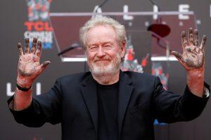 """Holivudas pagerbė filmo """"Svetimas"""" kūrėją R. Scottą"""