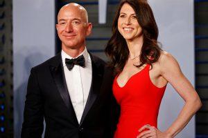 """Amazon"" vadovas J. Bezosas skiriasi su žmona"