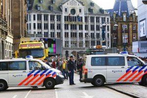 Policija: automobilio avarija Amsterdame nebuvo teroristinė ataka