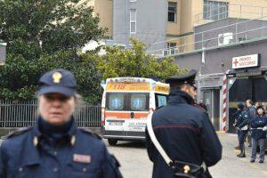 Italijoje iš balkono šaudęs vyras sužeidė penkis praeivius