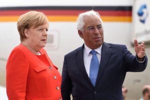 A. Merkel atvyko į Portugaliją aptarti ES ateities