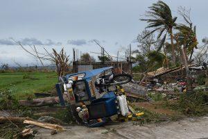 59 filipiniečių gyvybes nusinešęs taifūnas užgriuvo Pietų Kiniją