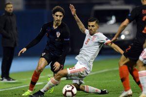 Kroatijos futbolininkai dramatiškai nugalėjo ispanus
