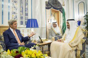 J. Kerry paskelbė apie naują Jemeno taikos derybų iniciatyvą