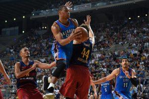 """Thunder"" palaužė ""Barcelona"" krepšininkus, D. Sabonis pelnė 8 taškus"