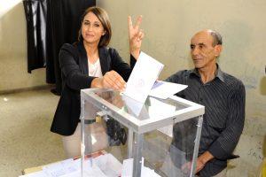 Partijai vadovaujanti moteris – retenybė arabų pasaulyje – pralaužia stiklines lubas