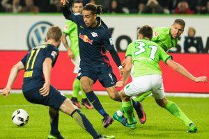 "Bundeslygoje ""Bayern"" ekipą vejasi Kelno ir Leipcigo klubai"