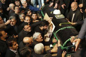 Iranas gedi buvusio prezidento A. H. Rafsanjani