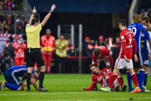 """""""Schalke"""" pristabdė """"Bayern"""" žygį Bundeslygoje"""