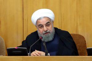 Irano prezidentas grasina atsaku į naujas JAV sankcijas