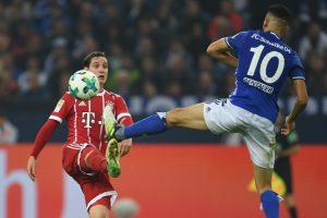 """Triuškinančią pergalę šventęs """"Bayern"""" pakilo į """"Bundesliga"""" viršūnę"""