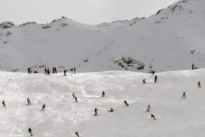Alpėse sniego lavina nusinešė šešių žmonių gyvybes