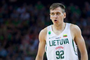 Lietuvos krepšinio rinktinę dėl traumos palieka E. Ulanovas
