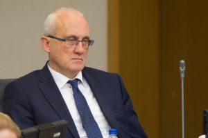 S. Jakeliūnas: akcizų pokyčiai negalėjo neturėti pasekmių