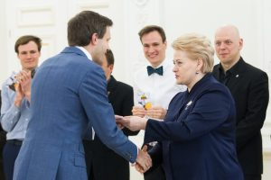 A. Tapinas: tai – didžiausias D. Grybauskaitės fiasko