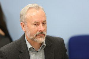 J. Razma siūlo drausti skelbti reitingavimo rezultatus iki rinkimų pabaigos