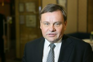 """Buvęs Seimo pirmininkas V. Gedvilas – """"Arvi ir Ko"""" viceprezidentas"""