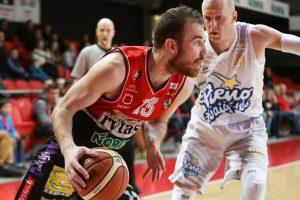 Geriausiu LKL balandžio mėnesio krepšininku išrinktas G. Sirutavičius