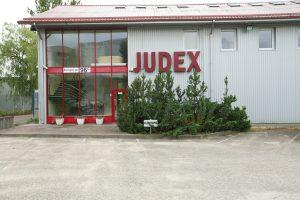 "Listerija nustatyta dešimtyje ""Judex"" produktų partijų, bet sustabdyta tik viena"