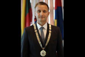 Apkalta Šiaulių merui ir keturiems tarybos nariams nutraukta