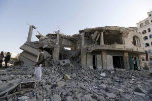 """Jemene per sprogimus buvusiame """"al Qaeda"""" bastione Mukaloje žuvo 14 žmonių"""