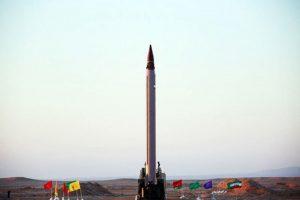 Irane sėkmingai išbandyta balistinė raketa