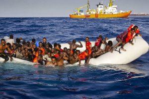 Apie 250 migrantų galėjo žūti nuskendus valtims Viduržemio jūroje