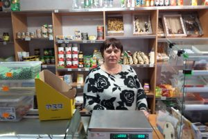 Mažos maisto parduotuvės: išsilaikys ar bus pasmaugtos didžiųjų prekybos tinklų?