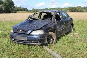 Į skaudžią avariją atskubėję ugniagesiai: buvo itin sunki gelbėjimo operacija