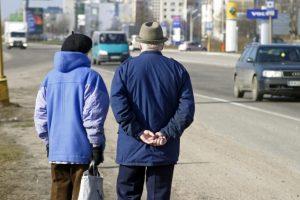 Senstanti Lietuvos visuomenė: kas dirbs, kai visi išeis į pensiją?