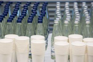 Mitybos specialistė: ne visiems per parą reikia 2 litrų vandens