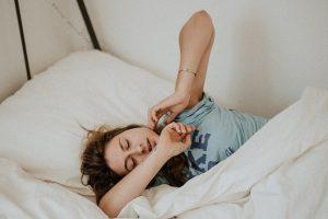 Ką daryti, kad per šventes nesutriktų miego ritmas?